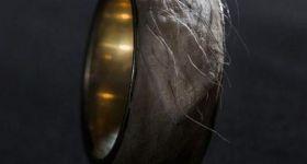 Золотое кольцо из человеческой кожи