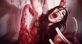 Косплей на ведьму в ванной из The Evil Within
