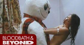 Снеговик изнасиловал девушку