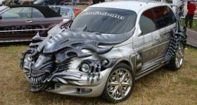 Машина для фанатов ксеноморфов