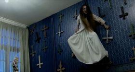 Пранк по мотивам фильма ужасов «Заклятие 2»
